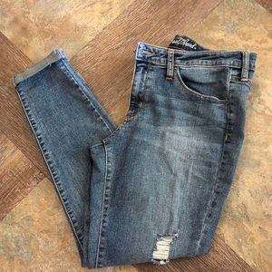 Universal Threads skinny jeans size 12